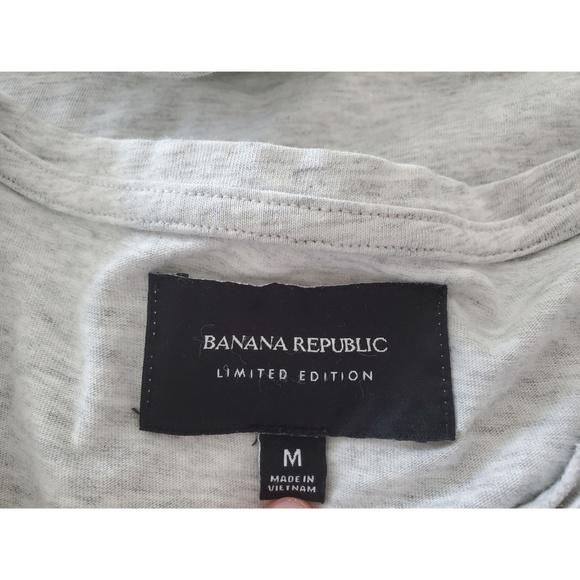 Banana Republic Tops - Banana Republic Short Sleeve shirt